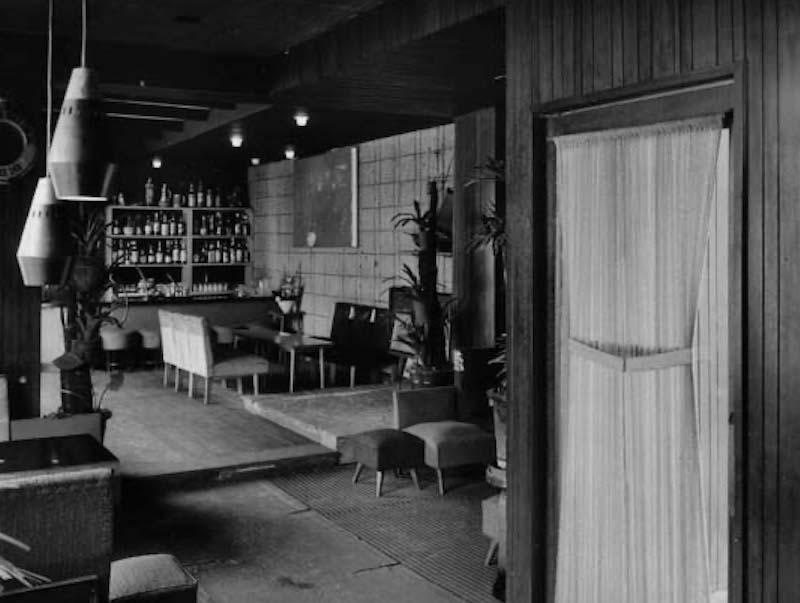 お母さまのコーディネート力で、ここが大阪の「夜の会議室(?)」になり、数々の事業を生み出すきっかけとなったのだとか。★